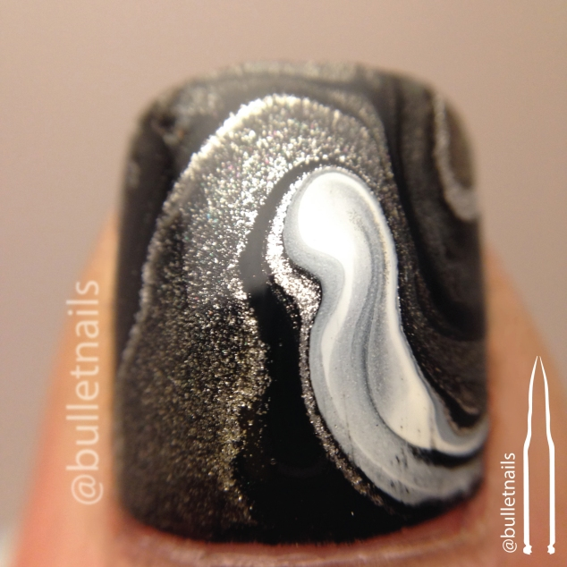 26gnai - black & white | @bulletnails